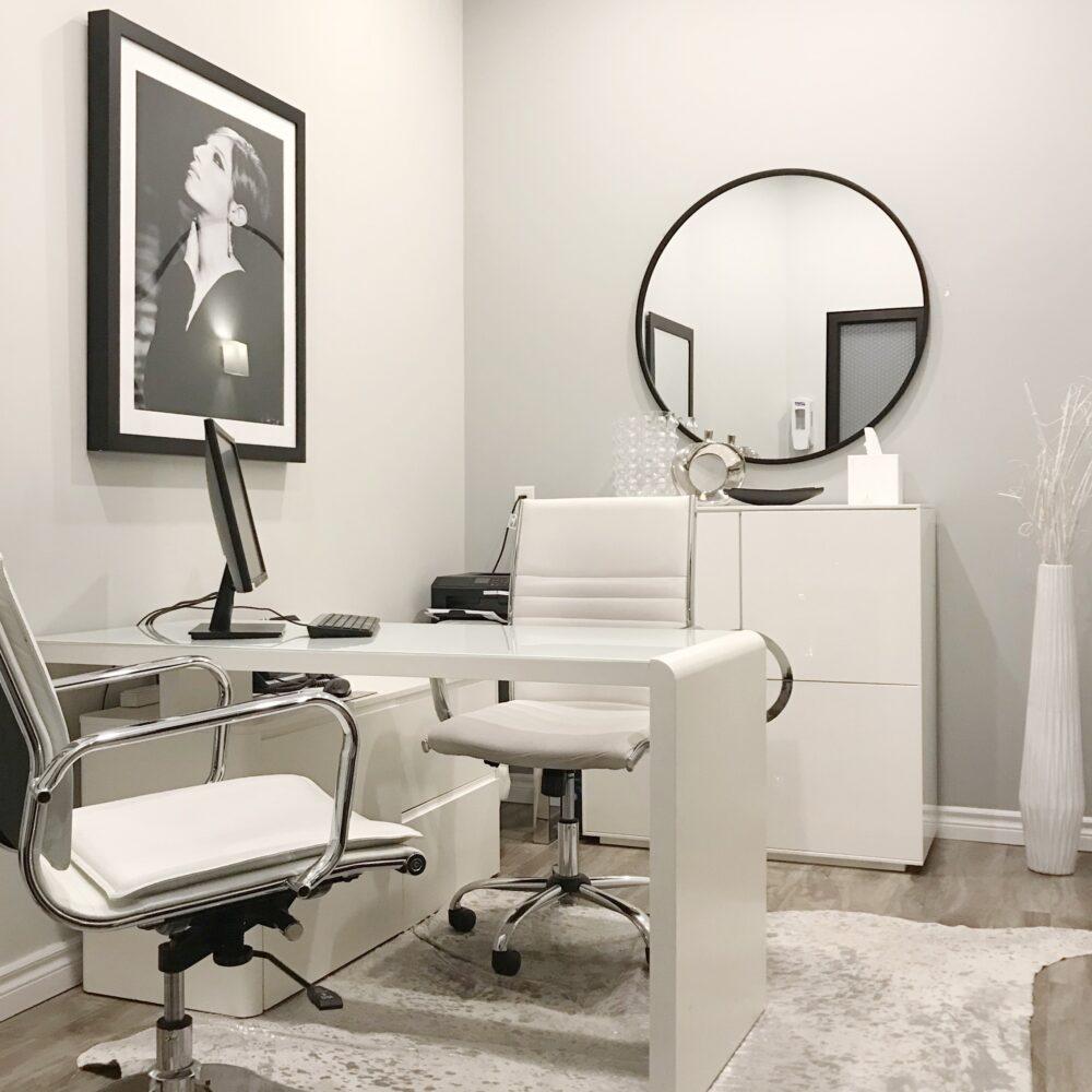 Skin Vitality Richmond Hill Consultation Room